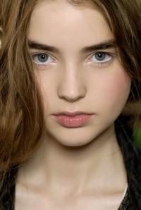 white-eyeliner-630x941
