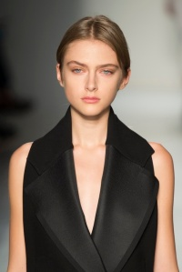 Victoria Beckham AW14 Beauty Look by Pat McGrath and Max Factor (2)